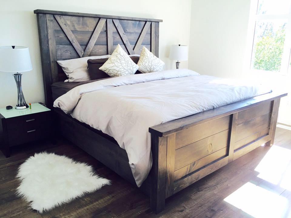 Barn door farmhouse bed pine main for Farmhouse bed frame plans