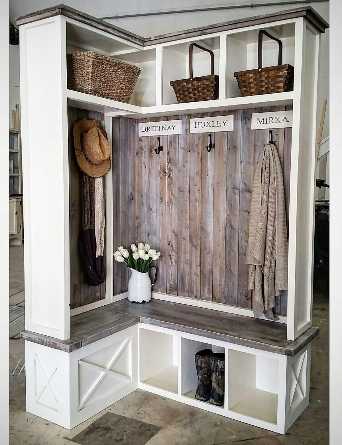 Mudroom Storage Lockers Canada : Corner mud room locker pine main