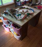 train-table-2